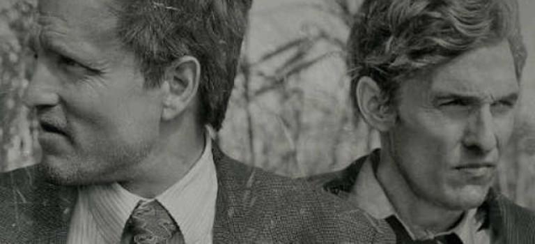 Polski tytuł i plakat serialu True Detective